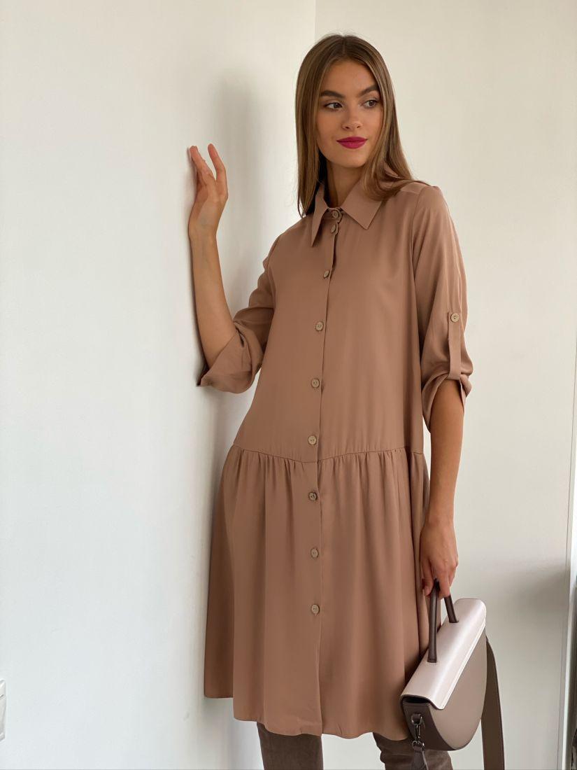 s2571 Платье-рубашка с воланом песочное