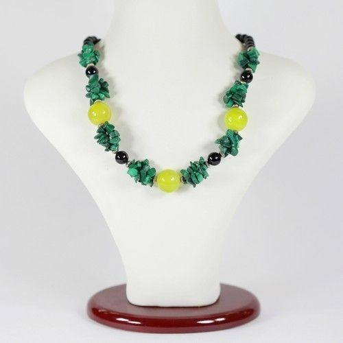 Ожерелье - Амели - из малахита, агата черного и оникса
