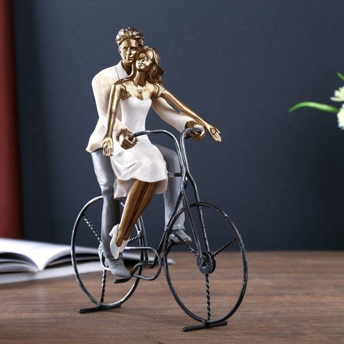 "Сувенир полистоун романтика ""Влюблённые - прогулка на велосипеде"" 26,5х12,5х26 см   4174736"