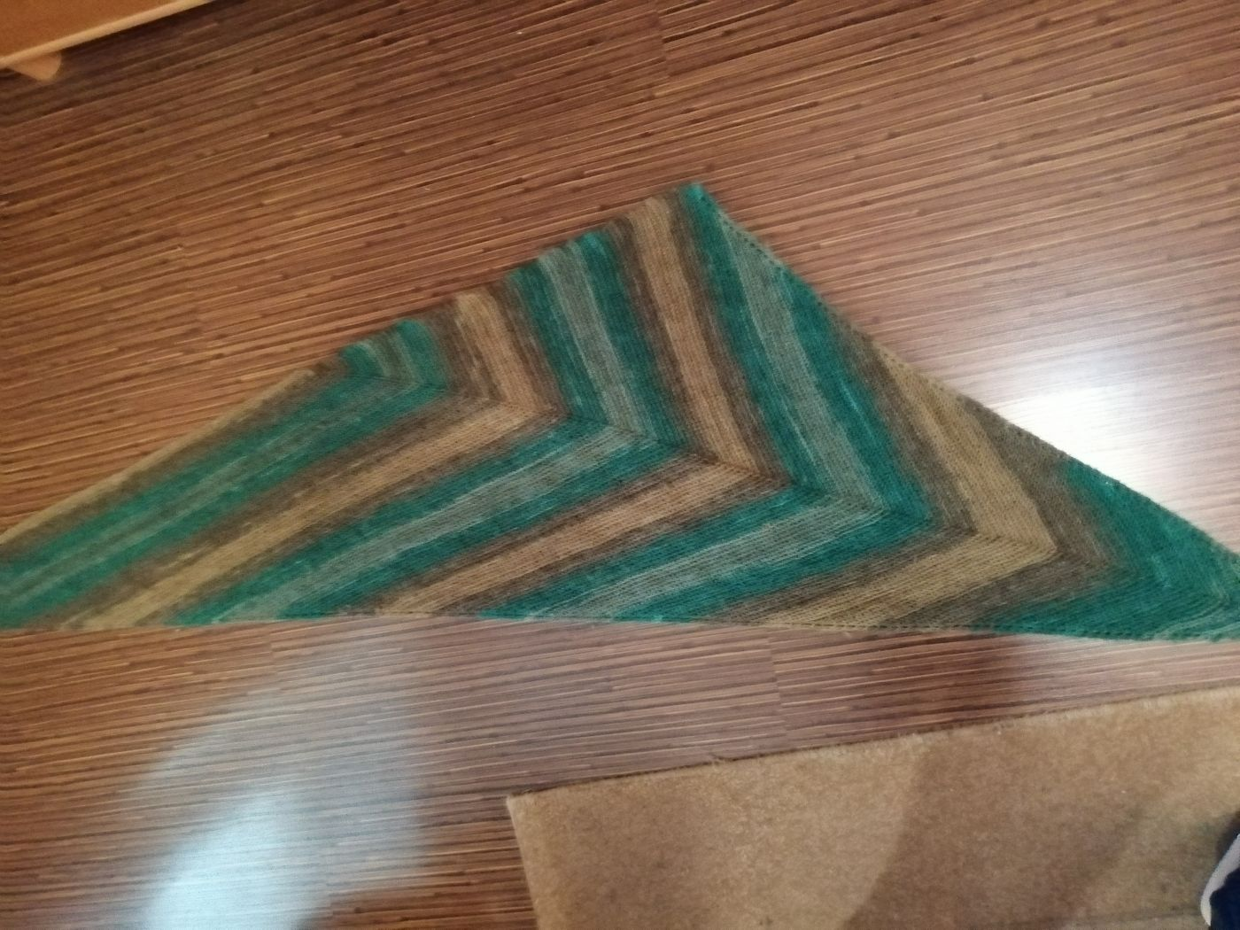 Треугольная шаль