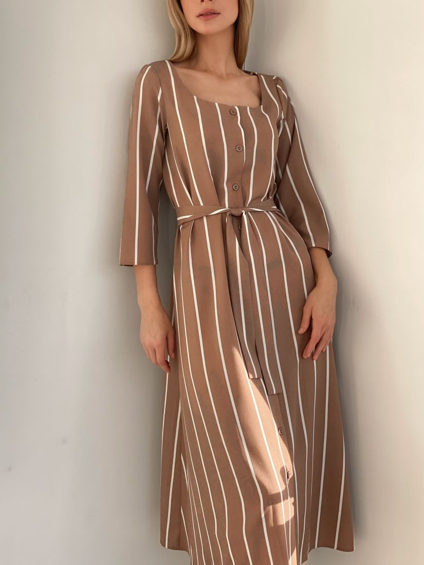 s2865 Платье на пуговичках бежевое в тонкую полоску