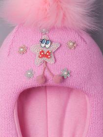 РБ 14813 Шапка-шлем вязаная для девочки с помпоном, нашивка звездочка с глазками, лавандово-розовый