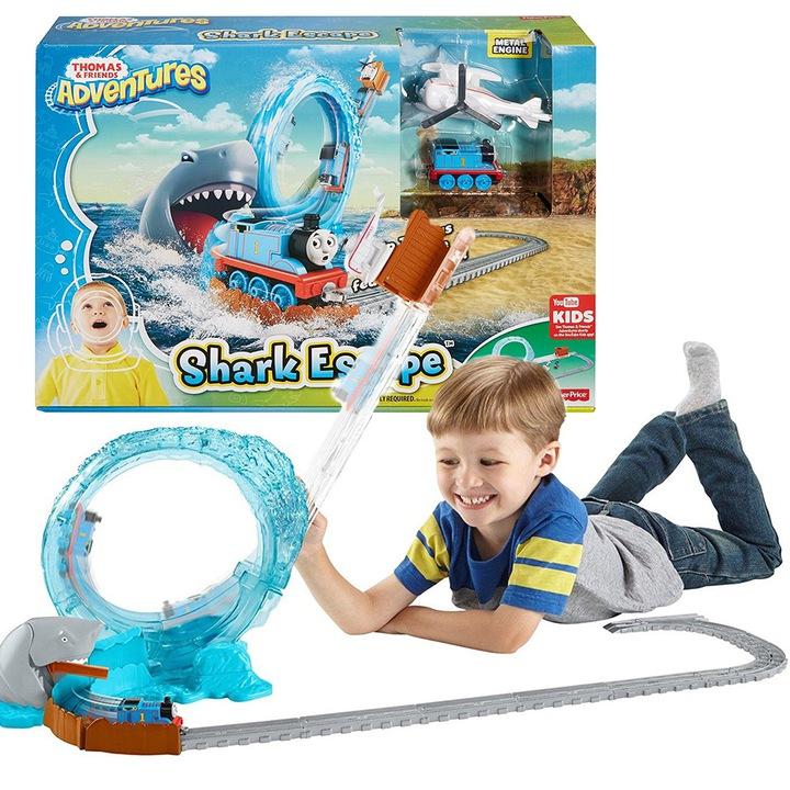 Игровой набор Томас и друзья спасаются от акулы DVT12