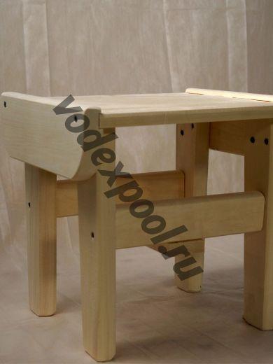 Табурет деревянный низкий