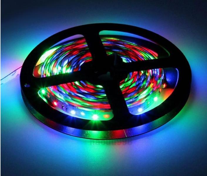 Светодиодная лента с пультом разноцветный свет, 5 м