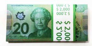 Шуточная пачка 20 канадских долларов