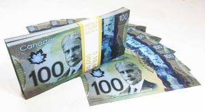 Шуточная пачка 100 Канадских долларов
