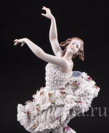 Анна Павлова в балете Бабочка, кружевная, Volkstedt, Германия, нач.20 в.