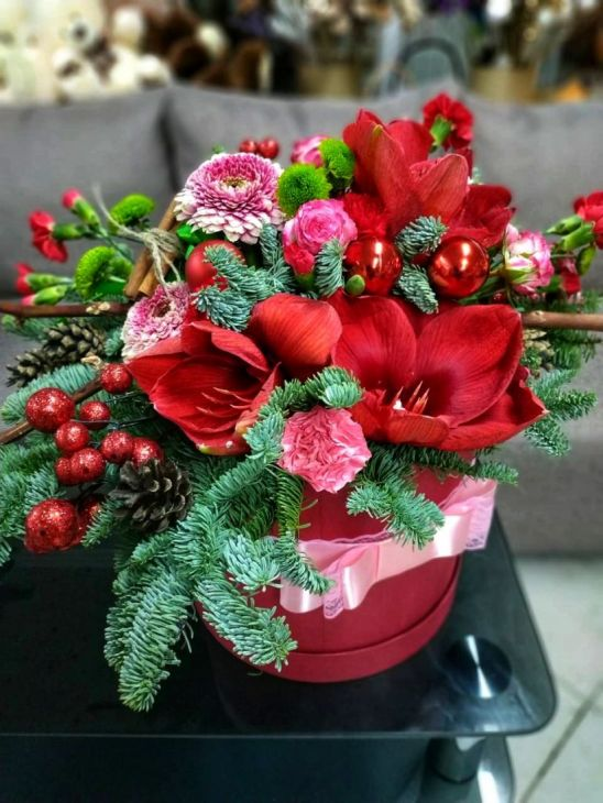 Новогодний микс в красном цвете