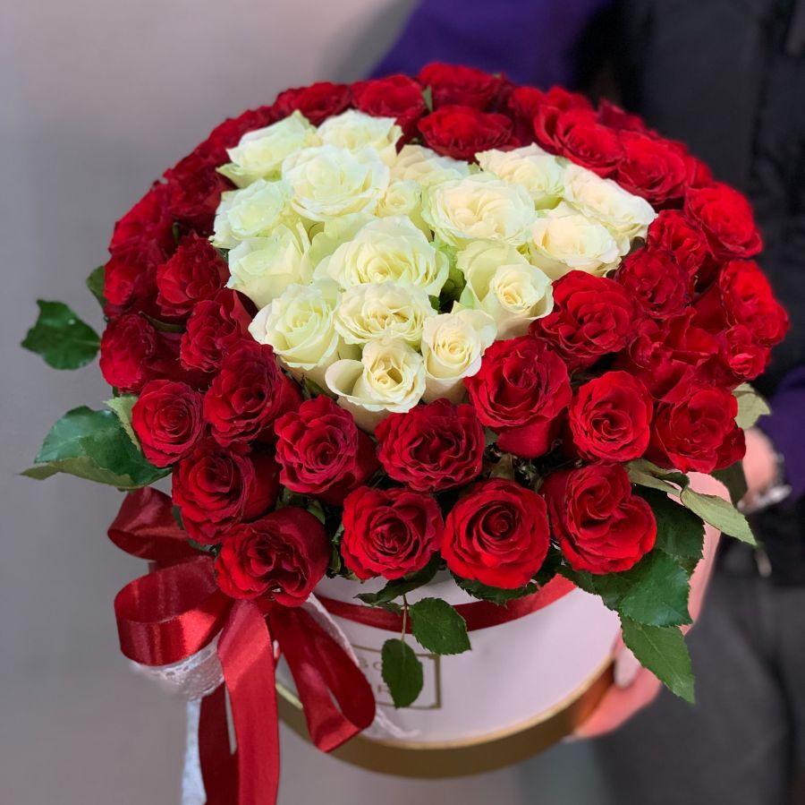 Коробка сердце из роз