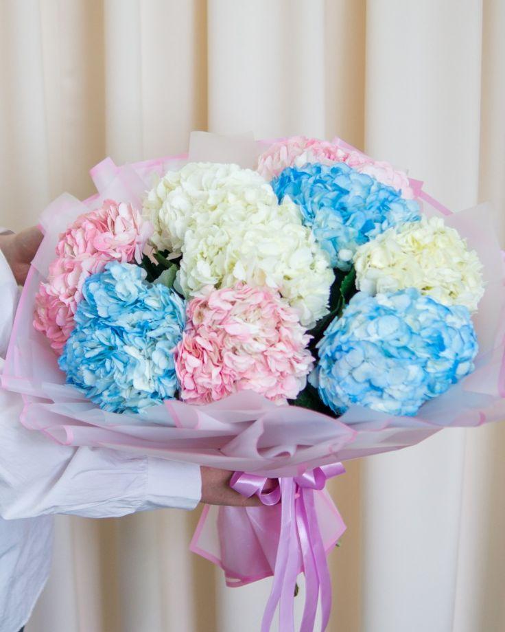 Букет цветов Гортензии
