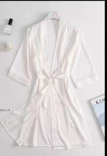 халатик армани шелк, белый, размер 44,46,48,50  модель 721