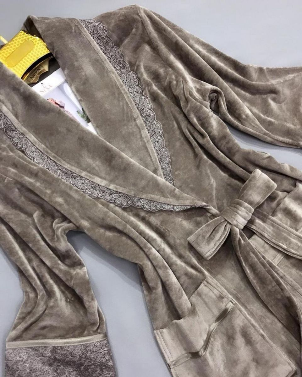 Велюровые турецкие халаты