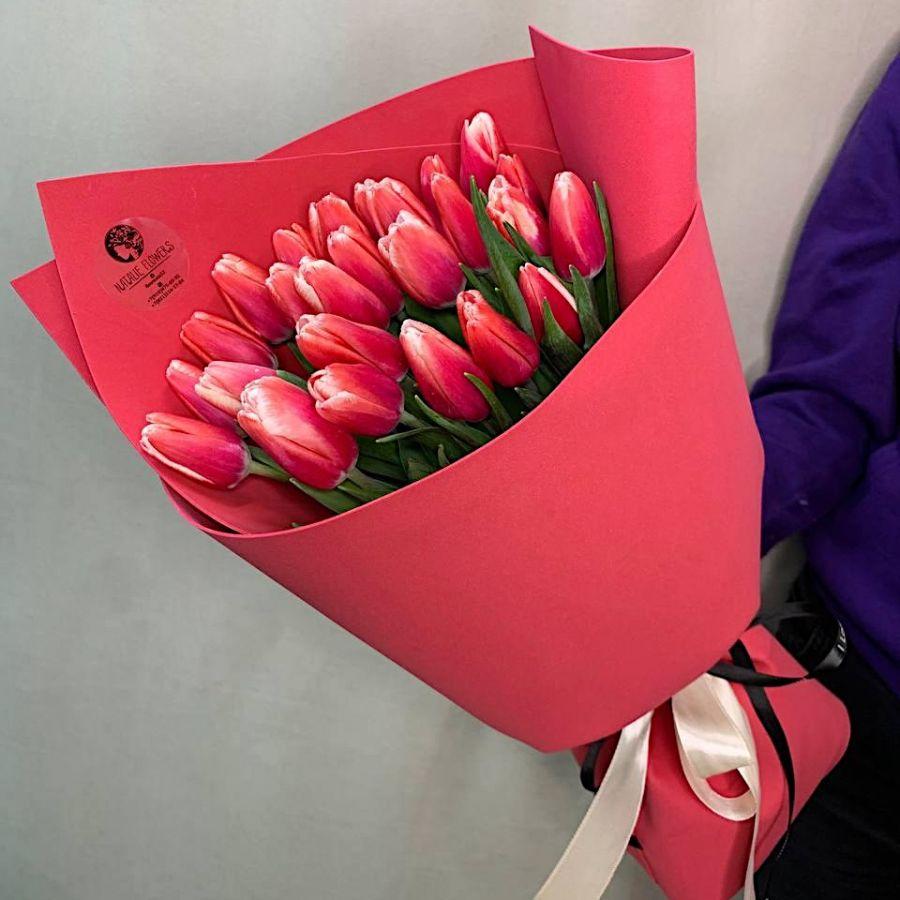 Букет из 25 тюльпанов №107