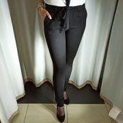 Черные брюки на флисе с поясом