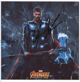 Автограф: Крис Хемсворт.  Мстители: Война бесконечности
