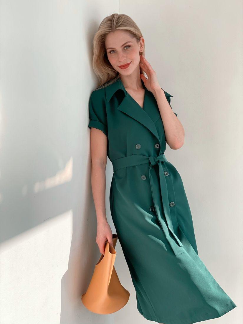 3829 Платье двубортное со спущенным плечом изумрудное