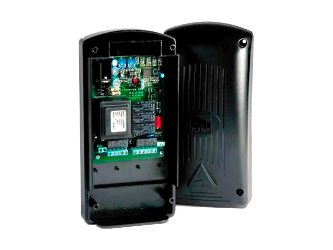 ZR24 Блок управления для одного привода с питанием двигателя 230 В (002ZR24)