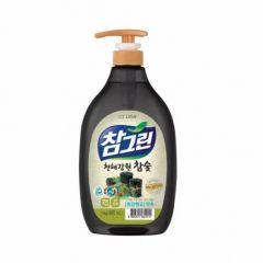 604914 LION Жидкость для мытья посуды с экстрактом угля Chamgreen charcoal 1kg pump