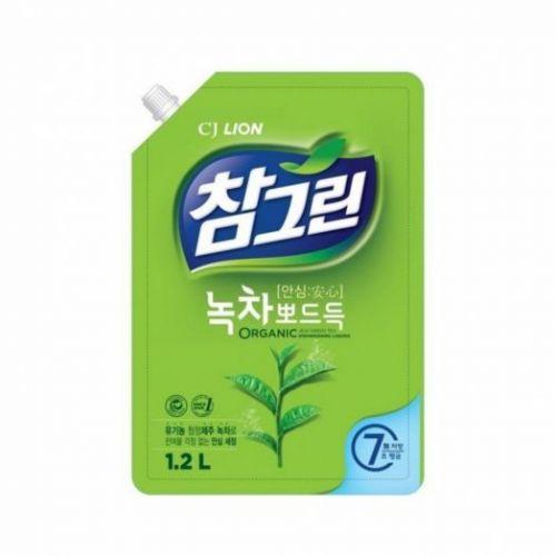654935 LION Жидкость для мытья посуды с запахом зеленого чая Chamgreen 1.2kg spout refill