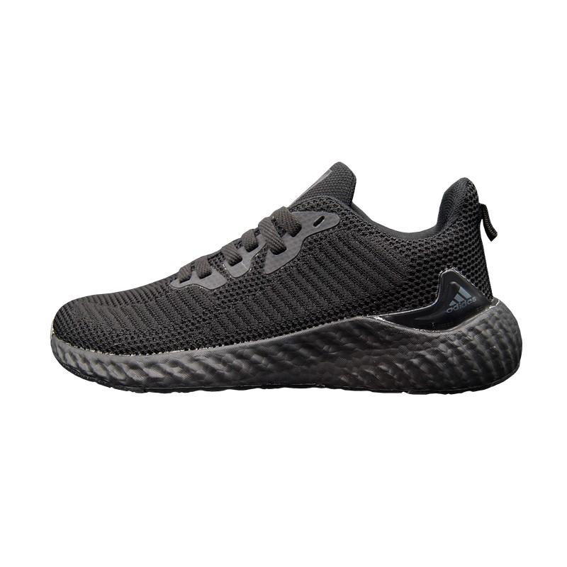Кроссовки черные Adidas Alphabounce