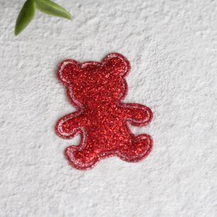 Кукольный аксессуар - Патч красный мишка 2,6*3,3 см.