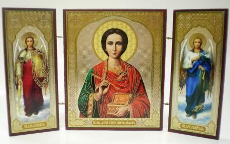 """Складень тройной на дереве - икона """"Великомученик и целитель Пантелеймон"""""""