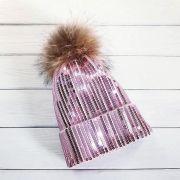 Розовая сверкающая шапочка с пайетками
