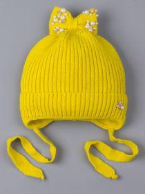 РБ 25186 Шапка вязаная для девочки на завязках, на отвороте бабочка с бусинкой, сверху бант, желто-зеленый