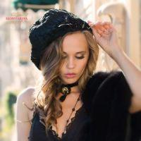 Женская шапка из каракульчи пошив на заказ
