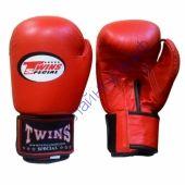 Боксерские Перчатки Twins красный TW-22R