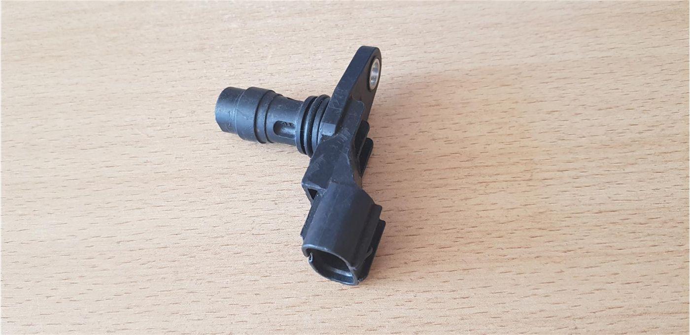 Датчик положения коленчатого вала Isuzu NMR85 двигатель 4JJ1