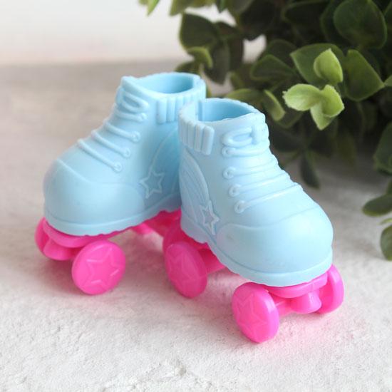 Обувь для кукол - Ролики голубые, 5 см.