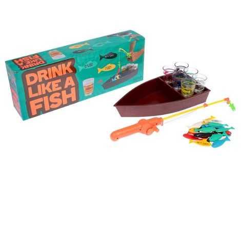 Пьяная рыбалка со стопками.