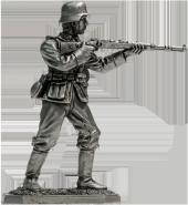 Немецкий пехотинец с винтовкой Mauser 98, 1944-45 гг.