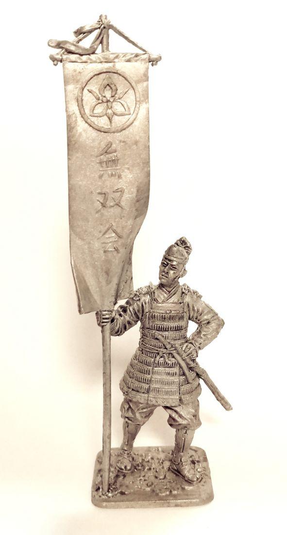 Фигурка Японский воин-знаменосец 14 в. олово
