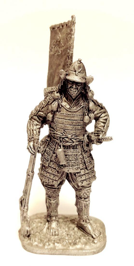 Фигурка Самурай в походе 16 в. олово