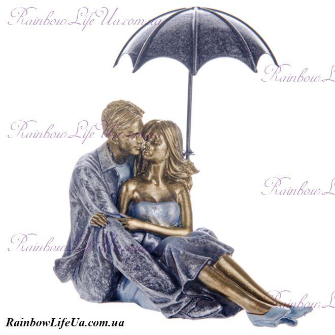 """Фигурка """"Влюбленная пара под зонтиком"""""""