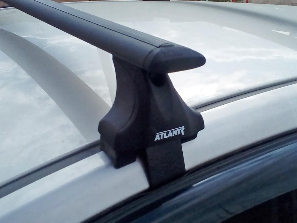 Багажник на крышу Skoda Octavia A8, Атлант, крыловидные аэродуги (черный цвет)