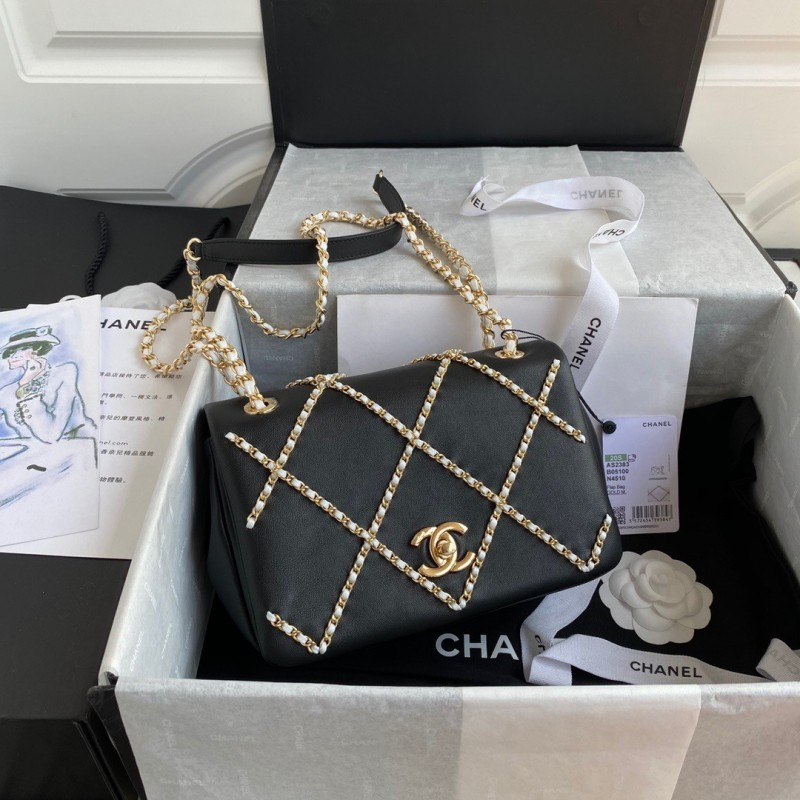CHANEL Small Flap Bag 22*15.5*9 cm