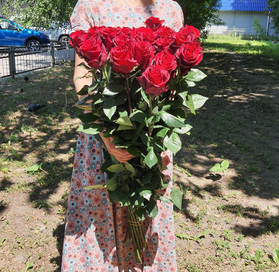 Розы Эквадор 90см