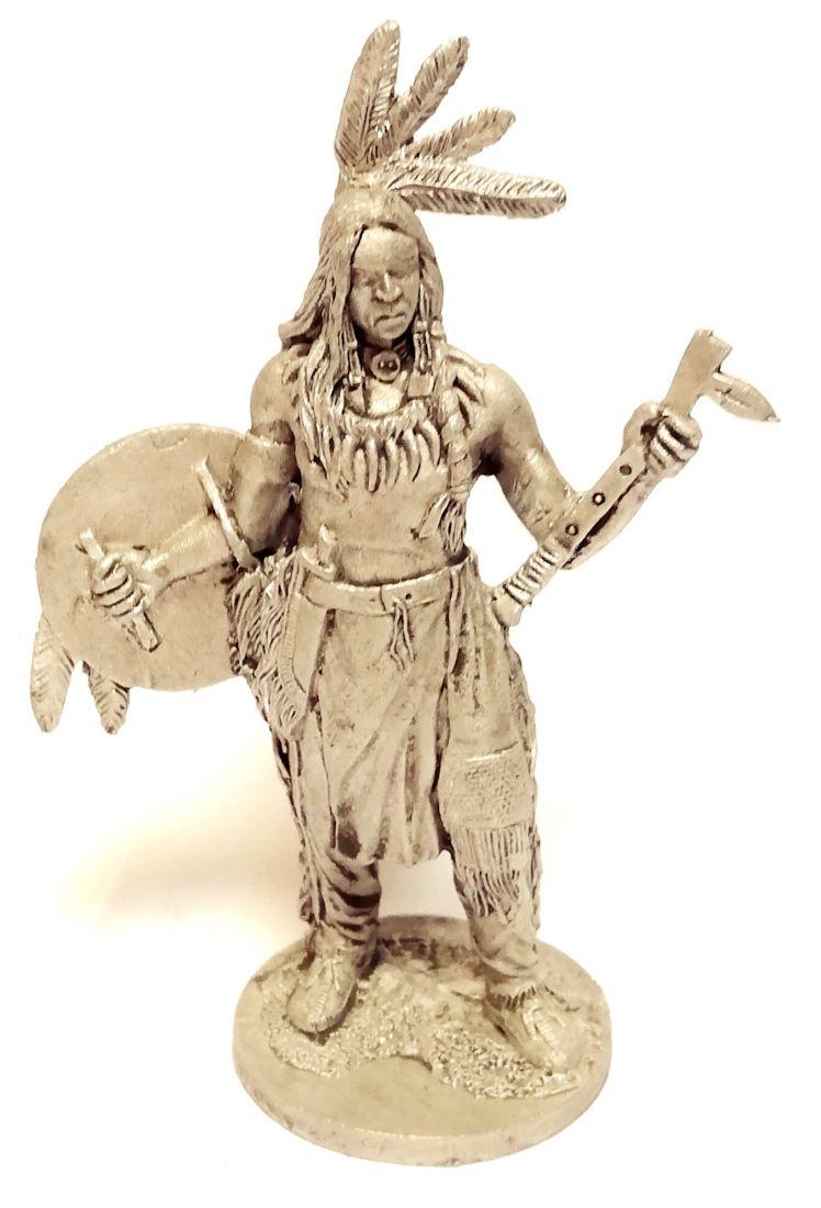 Фигурка индеец со щитом и томагавком олово