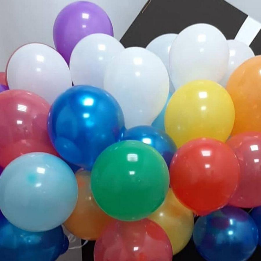 Коробка сюрприз с 50 воздушными шарами