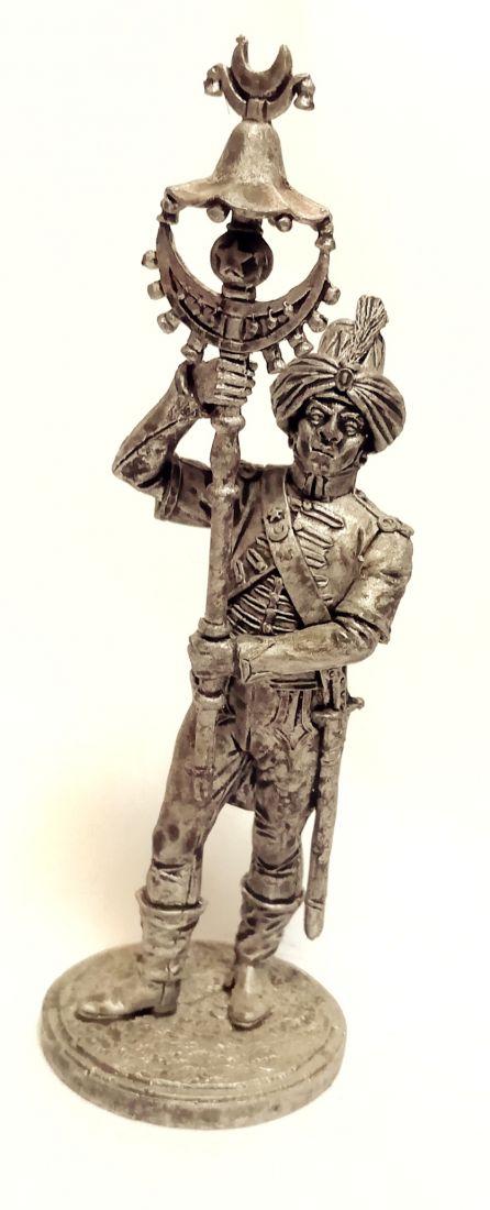 Фигурка Музыкант-бунчуконосец полкового оркестра. Франция, 1804-12 гг.
