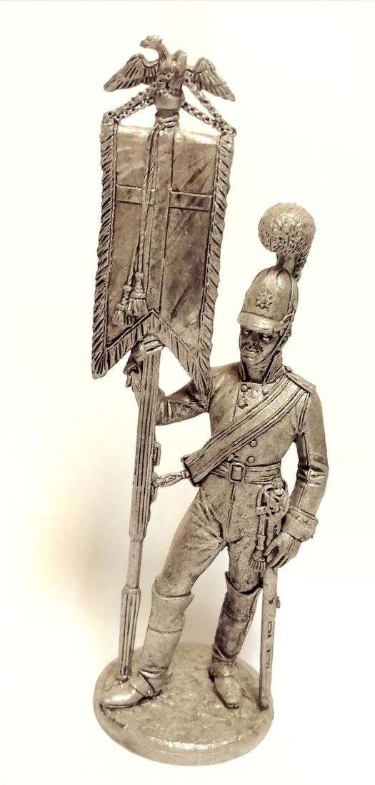 Фигурка Эстандарт-юнкер Кавалергардского полка со штандартом олово