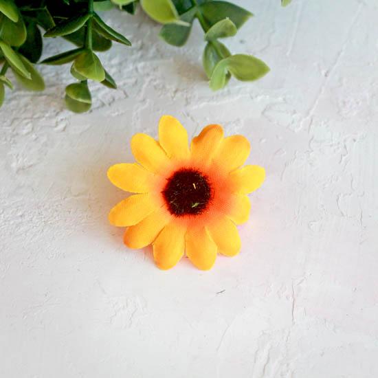"Цветок ""Календула"" 4 см., желто-оранжевая"