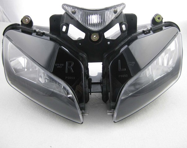Фара передняя для Honda CBR1000RR 2004-2007