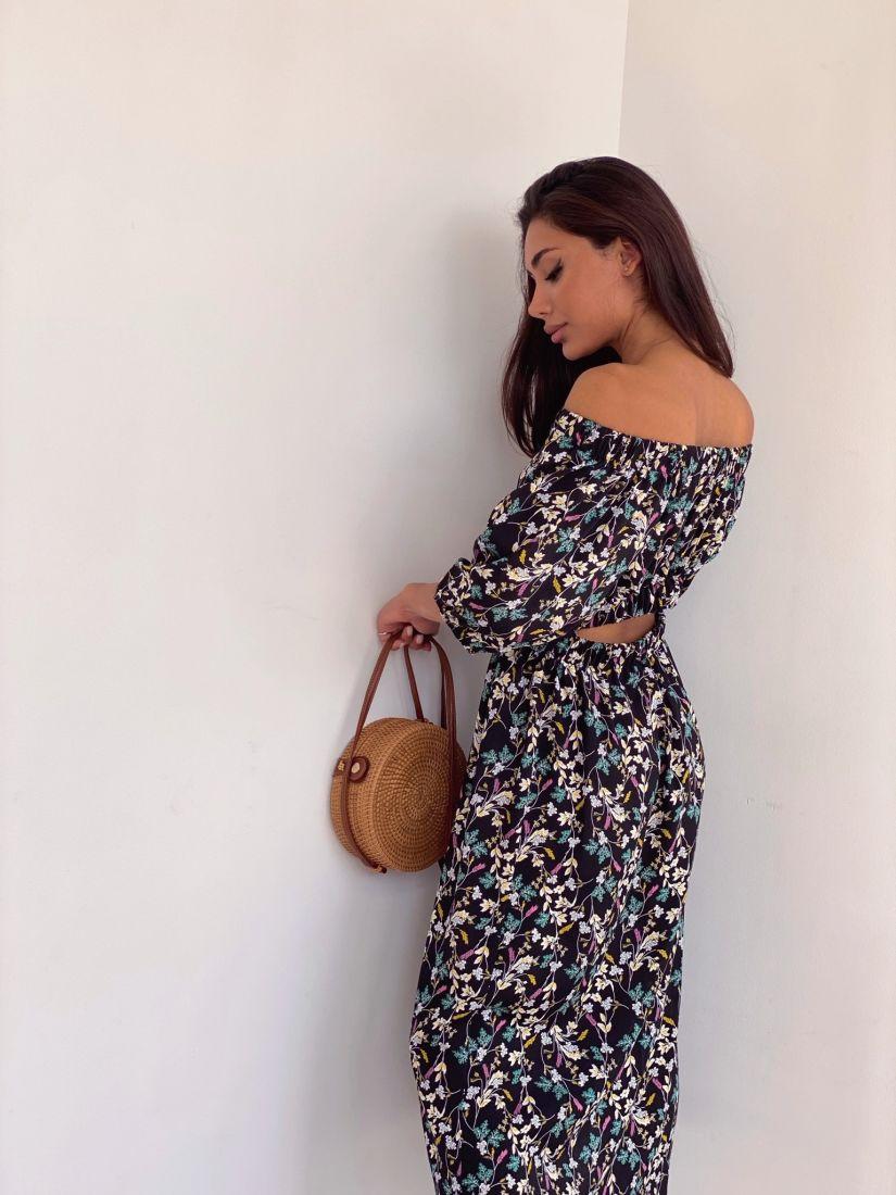 4389 Платье с открытой спинкой чёрное с цветочками