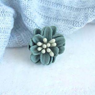 Лотос плотный тканевый, травяной, 2 см.