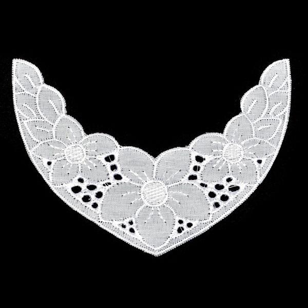 Вставка кружевная шитье цвет белый 12,5 см х 8,8 см (TR.00124)